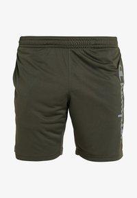 Champion - RUN BERMUDA - Sports shorts - dark green - 3
