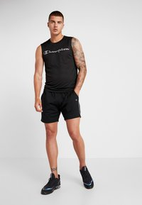 Champion - SHORTS - Pantaloncini sportivi - black/white - 1
