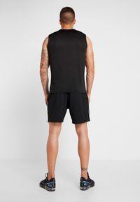 Champion - SHORTS - Pantaloncini sportivi - black/white - 2