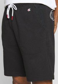 Champion - LOGO BERMUDA - Pantaloncini sportivi - black - 4