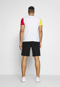 Champion - BERMUDA - Pantaloncini sportivi - black - 2