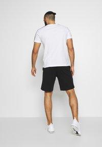 Champion - BIG LOGO BERMUDA - Sports shorts - black - 2