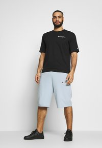 Champion - ROCHESTER BERMUDA - Urheilushortsit - light blue - 1
