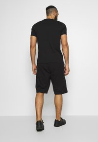 Champion - ROCHESTER BERMUDA - Sports shorts - black - 2