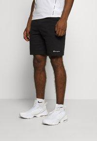 Champion - BERMUDA - Sports shorts - black - 0
