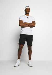 Champion - BERMUDA - Pantaloncini sportivi - black - 1