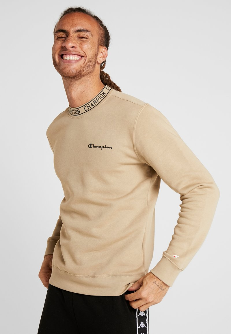 Champion - CREWNECK - Sweatshirt - tan