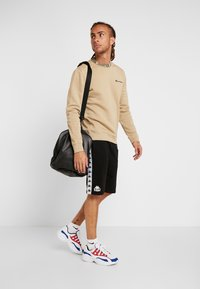 Champion - CREWNECK - Sweater - tan - 1