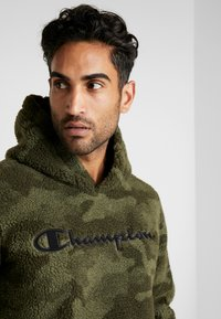 Champion - HOODED - Bluza z kapturem - olive - 3