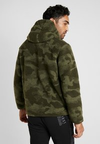 Champion - HOODED - Bluza z kapturem - olive - 2