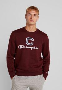 Champion - CREWNECK - Sweatshirt - dark red - 0