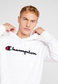 Champion - BIG SCRIPT LOGO - Hoodie - white - 3