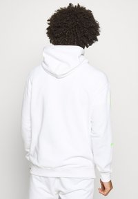 Champion - HOODED - Sweat à capuche - white - 2