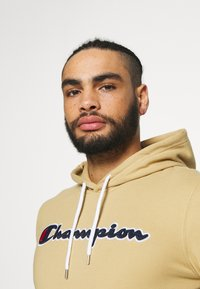 Champion - ROCHESTER HOODED - Bluza z kapturem - brown - 3