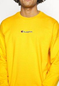Champion - Sweatshirt - yellow - 5
