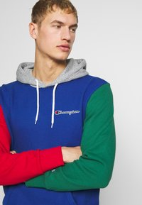 Champion - ROCHESTER TEAM HOODED - Bluza z kapturem - blue/red/green/grey melange - 3