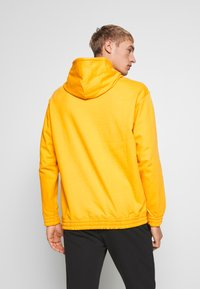 Champion - ROCHESTER WORKWEAR HOODED - Mikina s kapucí - mustard yellow - 2