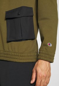 Champion - ROCHESTER WORKWEAR HOODED - Mikina skapucí - olive - 4