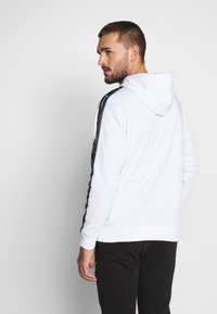 Champion - TAPE HOODED - Huppari - white - 2