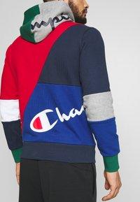 Champion - ROCHESTER TEAM HOODED - veste en sweat zippée - red - 3