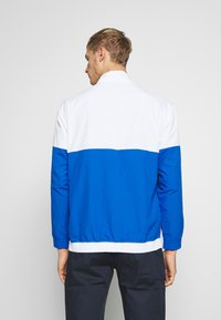Champion - 90S BLOCK HALF ZIP - Kurtka sportowa - white/blue/red - 2