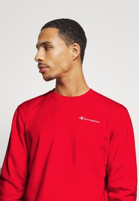 Champion - LEGACY CREWNECK - Sweatshirt - red - 3