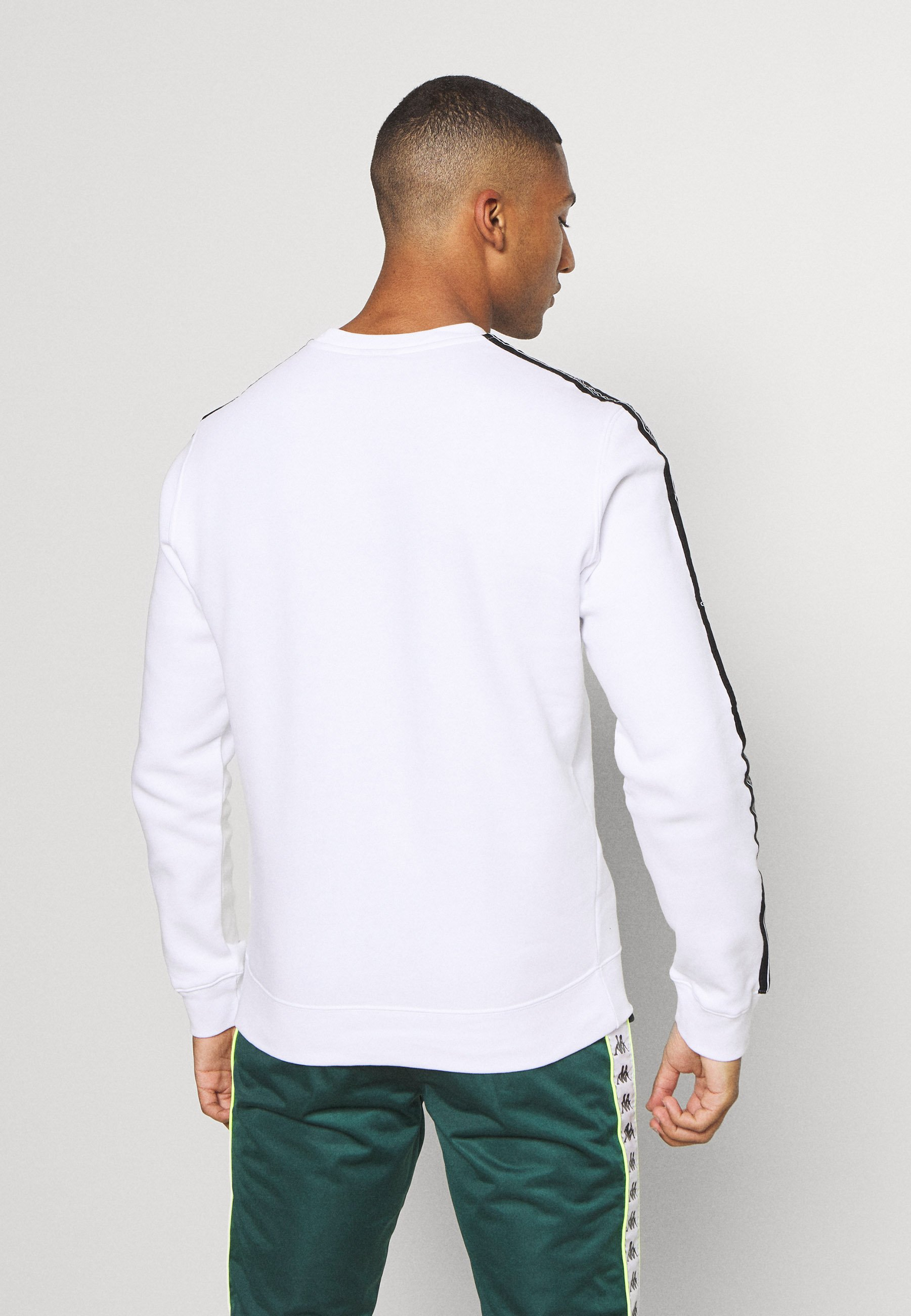 Champion LEGACY TAPE CREWNECK - Sweatshirts - white