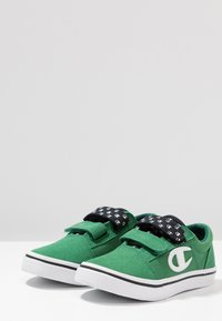 Champion - LOW CUT SHOE 360 - Trainings-/Fitnessschuh - green - 3