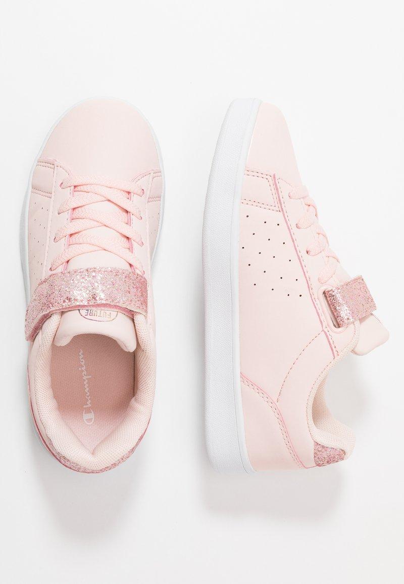 Champion - SHOE ALEXIA - Kuntoilukengät - pink