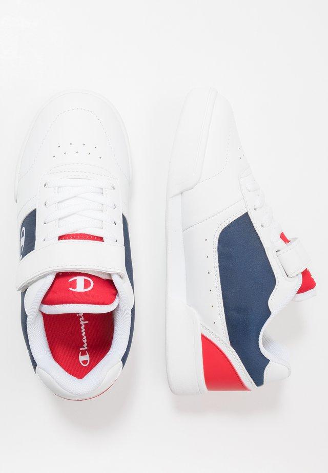 LEGACY LOW CUT SHOE COURT - Sportschoenen - white