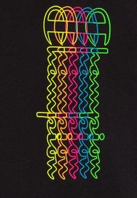 Champion - LEGACY AMERICAN CLASSICS  - T-shirt imprimé - black - 3