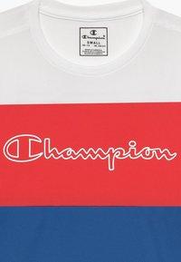 Champion - CHAMPION X ZALANDO PERFORMANCE - T-shirt con stampa - blue/white/red - 3