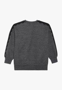 Champion - AMERICAN CLASSICS CREWNECK - Sweater - mottled dark grey - 1