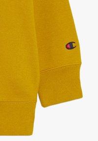 Champion - ROCHESTER LOGO CREWNECK - Collegepaita - mustard yellow - 4
