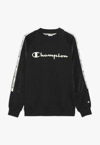 Champion - BRAND REVOLUTION CREWNECK - Collegepaita - black - 0