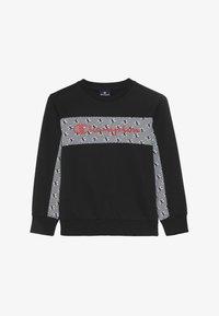 Champion - CHAMPION X ZALANDO CREWNECK - Sweatshirt - black/coral - 3