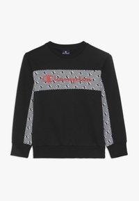 Champion - CHAMPION X ZALANDO CREWNECK - Sweatshirt - black/coral - 0