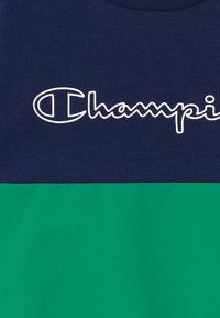 Champion - LEGACY BLOCK  CREWNECK - Mikina - green/blue - 3