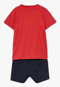 Champion - CHAMPION X ZALANDO TODDLER SUMMER SET - Sports shorts - red/dark blue