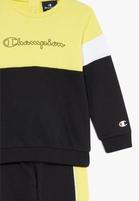 Champion - TODDLER COLORBLOCK SET - Tepláková souprava - black/yellow/white - 5