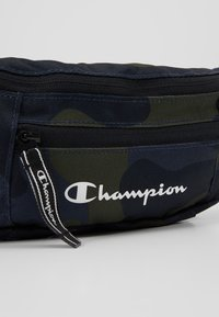 Champion - BELT BAG - Riñonera - olive - 7