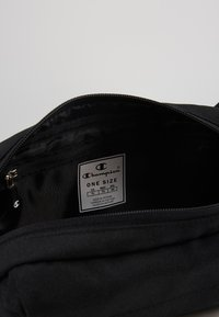 Champion - BELT BAG - Ledvinka - black - 4