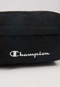 Champion - BELT BAG - Ledvinka - black - 7