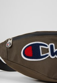Champion - BELT BAG ROCHESTER - Bandolera - sand - 6