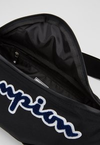 Champion - BELT BAG ROCHESTER - Bandolera - black - 4