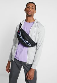 Champion - BELT BAG ROCHESTER - Bandolera - black - 1