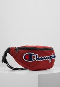 Champion - ROC BELT BAG II - Riñonera - scarlet - 3
