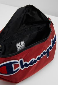 Champion - ROC BELT BAG II - Riñonera - scarlet - 4