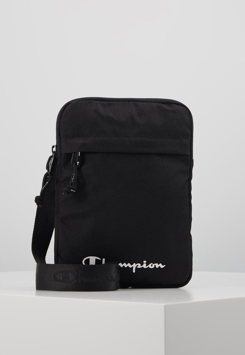 Champion - LEGACY MEDIUM SHOULDER BAG - Taška s příčným popruhem - black