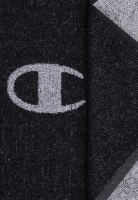 Champion - LEGACY TOWEL SMALL - Toalla - black - 2